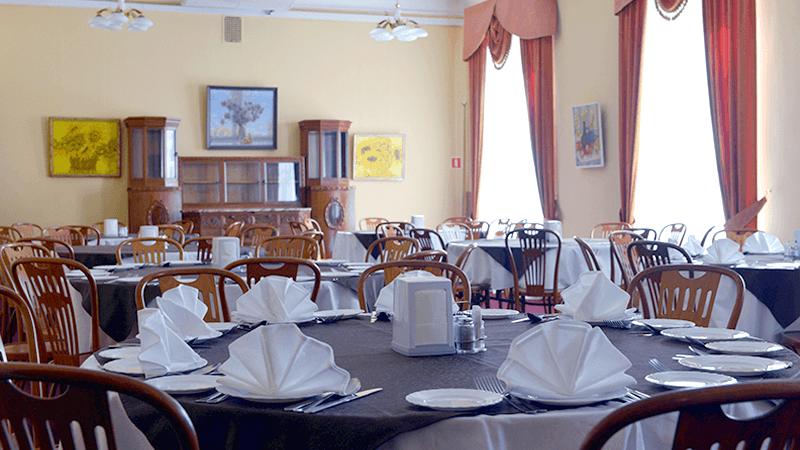 Желтый зал ресторана «Особняк Кочубея»