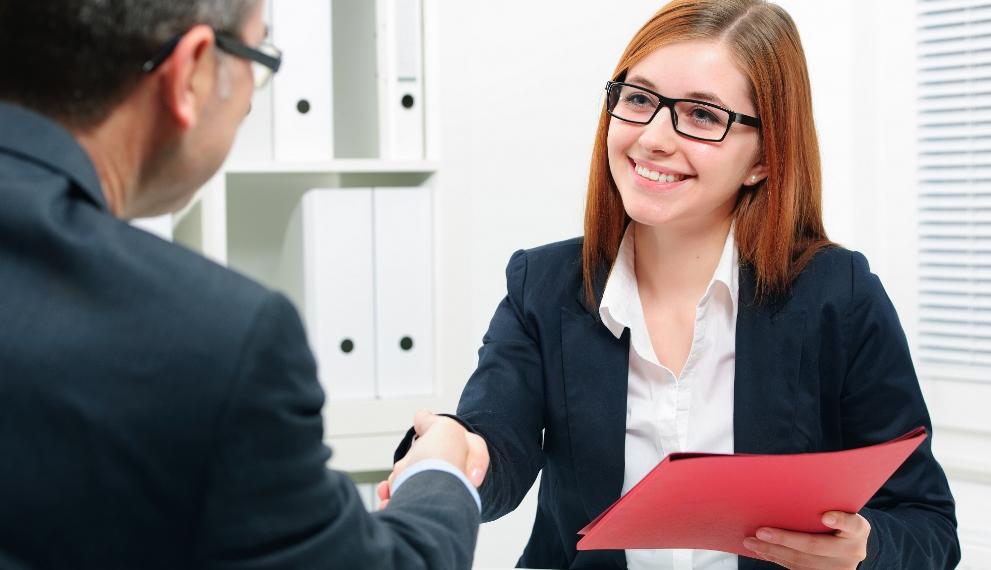 трудоустройство выпускников лидирует в списках преимуществ российских вузов